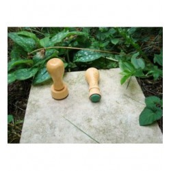 Tampon TSM030 diam 1.5 cm suivant vos gôuts monté sur bois
