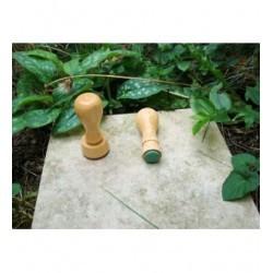 Tampon TSM026 diam 2 cm suivant vos gôuts monté sur bois