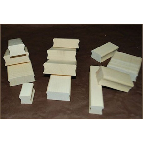 Tampon TSM001 4 x 4 cm suivant vos gouts monté sur bois avec gravure